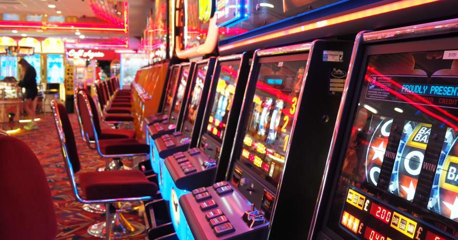 Как онлайн-казино используют новейшие технологии