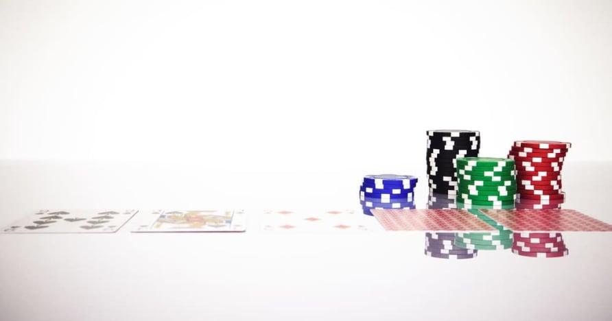 Понимание правила Blackjack Soft 17 в онлайн-гемблинге