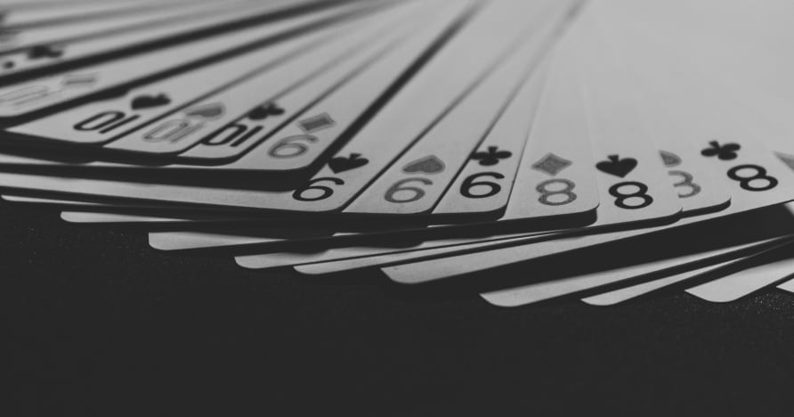 Как работают живые казино